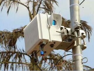 不用铺光缆,谷歌直接用光束完成数据传输