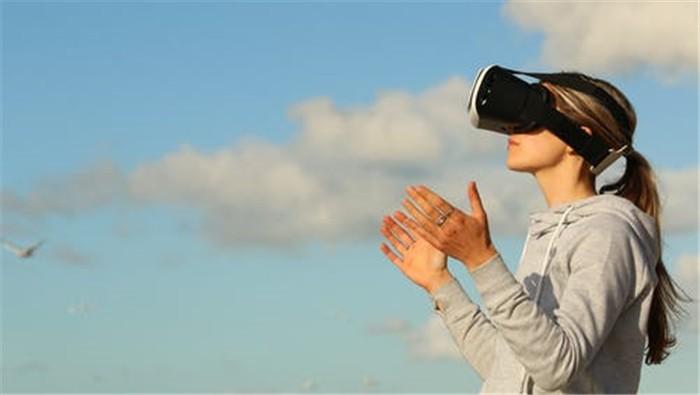 """高通""""押宝""""5G VR/AR头显 2020年产业将如何发展?"""