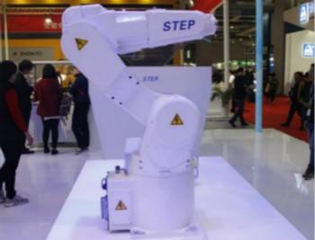 国内领先:新时达工业机器人密度已达1080台/万人