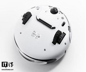 萤石智能云视觉扫地机器人金沙app安装平台:双目彩摄,干干净净