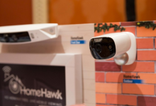 松下发布HomeHawk无线安防系统