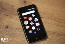 TCL售出命名权,3.3英寸手机发布