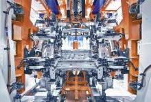 戴姆勒打造高度自动化车身生产线