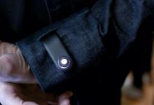 李维斯推出的智能夹克可以自动报警