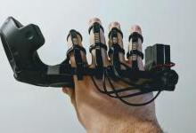 国外大神改造HTC Vive控制器:实现手势控制