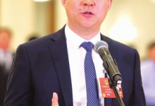 """刘庆峰代表:人工智能带着""""温度""""走到我们身边"""