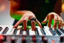 Wave智能指环控制音乐