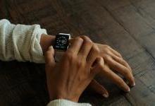 苹果新手表弃OLED要尝鲜
