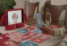 融入AR技术的智能闪卡让儿童快乐自学
