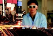 """光谷托起""""芯屏端网""""万亿级光电子产业集群"""