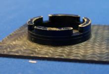 以热固性塑料基础生产的轻质部件