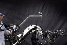 可上天入地的11款仿生机器人