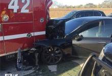 马斯克:媒体总说车祸而无视无人驾驶好处