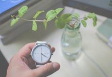 一款可以取代自拍杆的手表