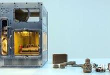 在微重力环境下工作的原型3D打印机
