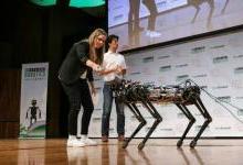 MIT研制机器狗,可以轻松爬楼梯