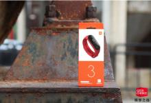 小米手环3NFC版:可在上百的全能手环个城市刷交通卡