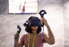 HTC推出两款虚拟现实头戴设备