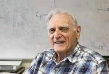 他19岁打二战,58岁发明电池阴极,97岁拿诺奖