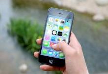 """iPhone成""""杀器"""":出现后因手机受伤病例激增"""