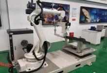 中船重工成功研制国内首个3D缝纫机器人