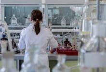 科学家研究治疗癌症新方法