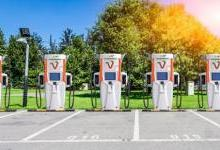 日本推出最先进超快速电动汽车充电器