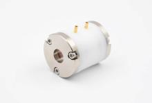 新款电光调制器 提高超快激光效率