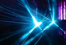 自适应光学激光器通过关键测试,大幅提升图像清晰度